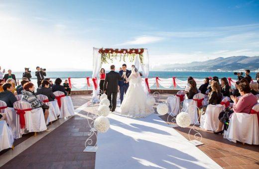 Свадьба под ключ в Сочи для небольшой компании за 350 000 рублей для 10 человек
